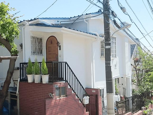 東京都大田区田園調布にて水性コンポウレタンで外壁塗装