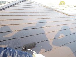 屋根塗装の完了です。下地処理やサビ止めなど必要なことを入念に徹底して行うことが塗装を長持ちさせる鉄則です!