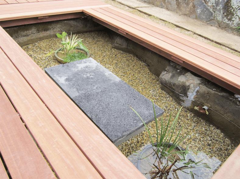 庭に池を設置する外構リフォーム